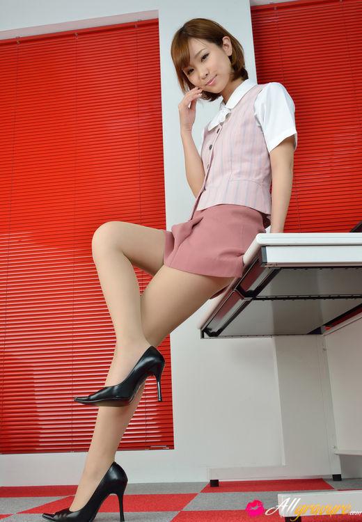 That asia girl nude mini skirts