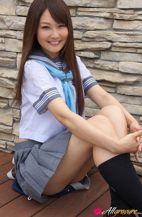 Japanese uniform girl pussy