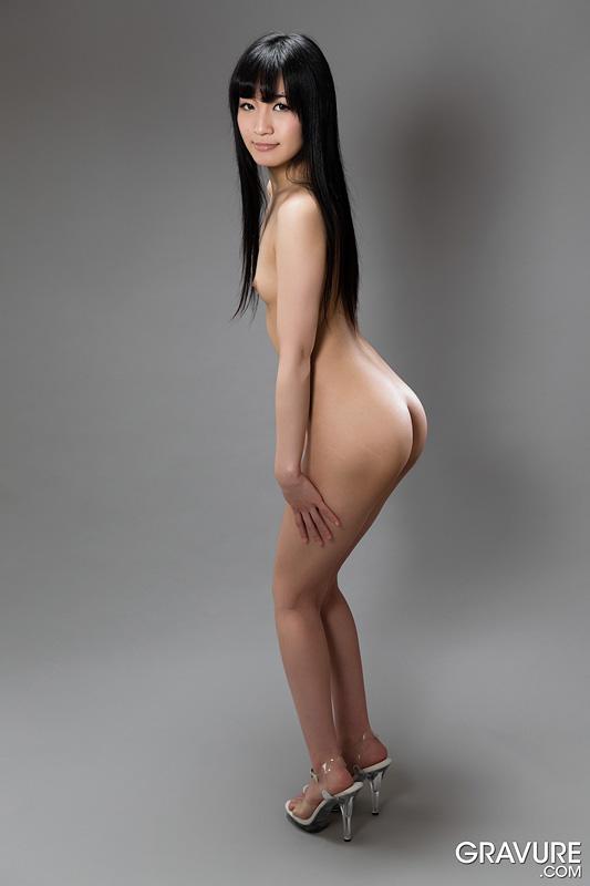 Full naked japan babe