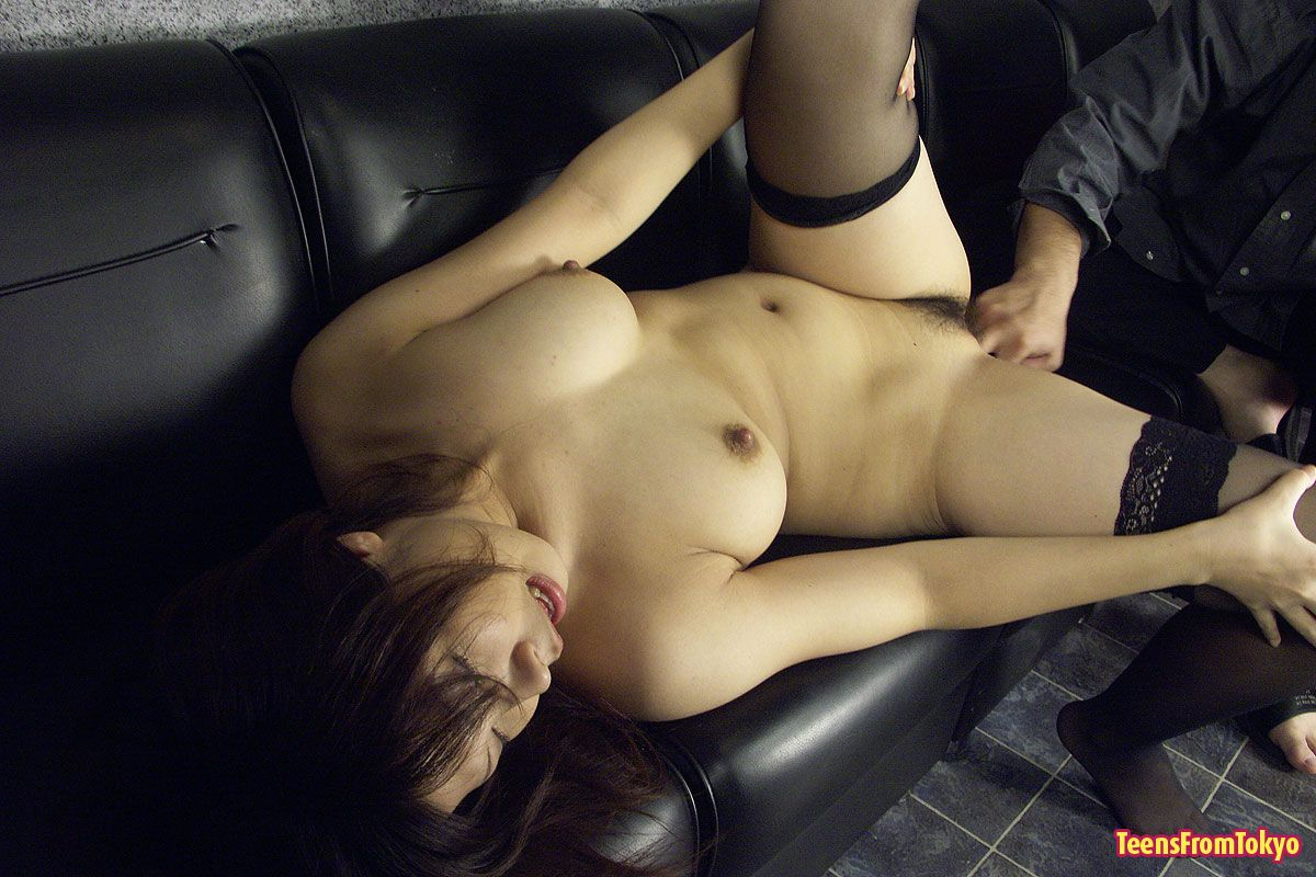 Japanese girl getting fucked on ass