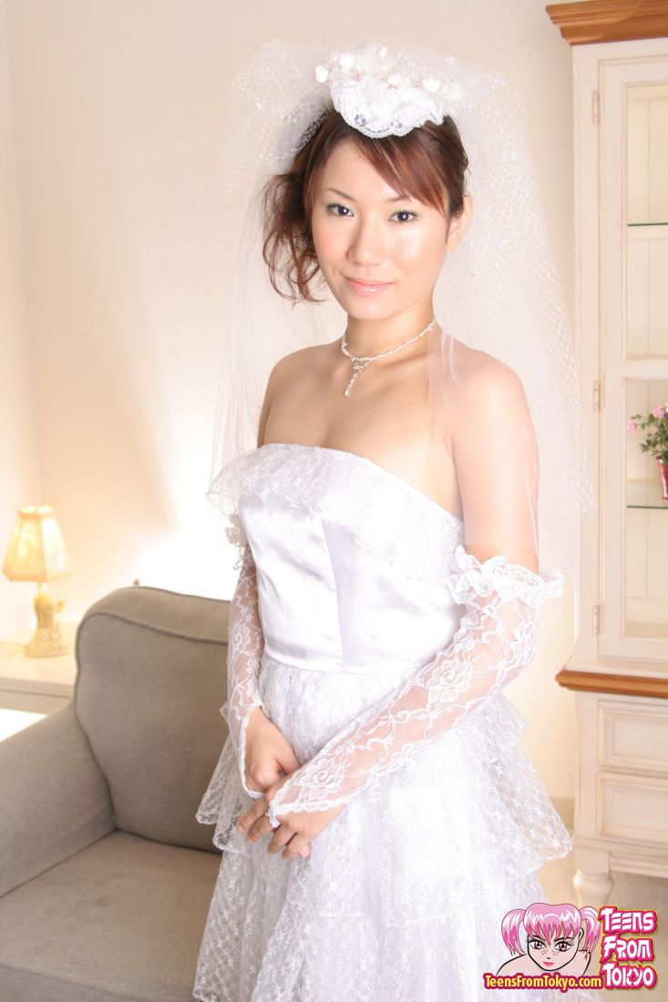 wedding porn Japanese dress